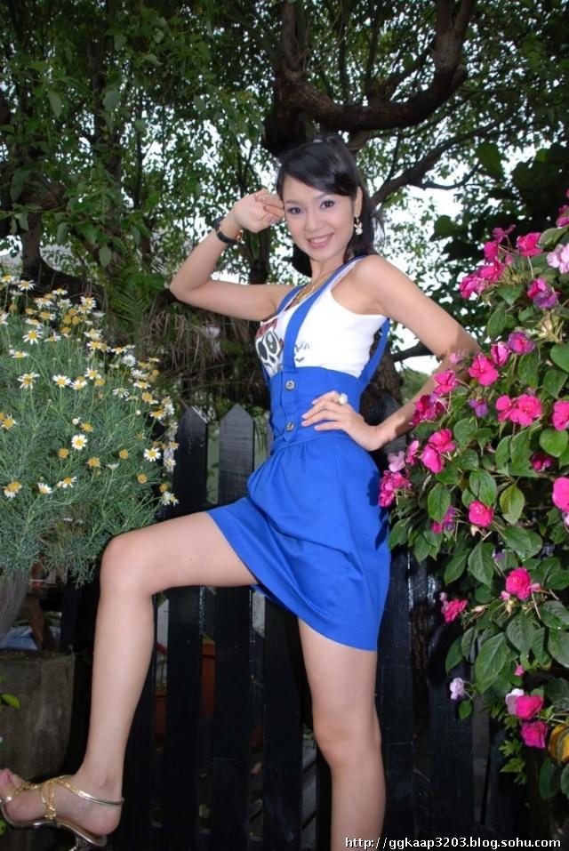 越南最美的美眉。己婚男人和女人不许看! 谈