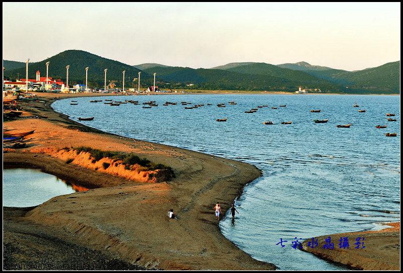 宁静的葫芦岛龙湾海滨;