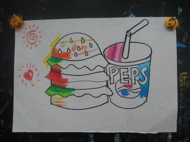 这次美术课的绘画是:汉堡包和可乐杯图片