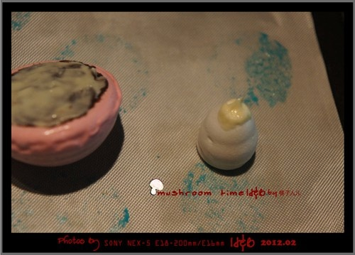小孩牙签做的粘贴画-世界,做一天的小孩子 彩色蛋白霜小蘑菇