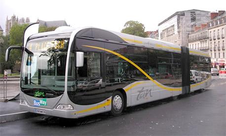 id 混合动力公交车在天津