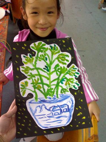 盘子水粉画植物