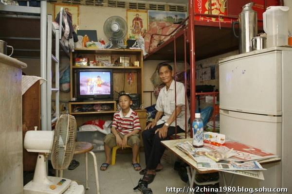 实拍:香港人的居住处竟是如此简陋 图 老李杂说 搜狐博客