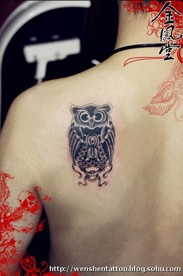 彼岸花纹身 字母纹身 耳后刺青