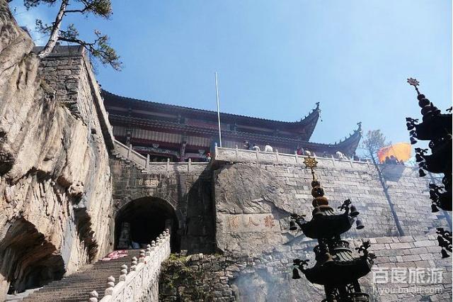 2.北京-天津-徐州-合肥-铜陵-九华山(北京-青阳为全程高速).